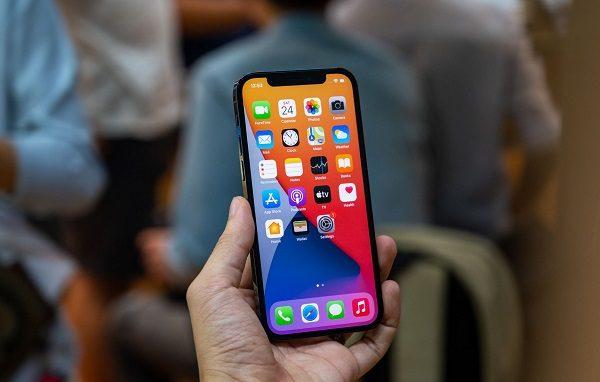 iphone-12-pro-dau-tien-ve-viet-nam-2